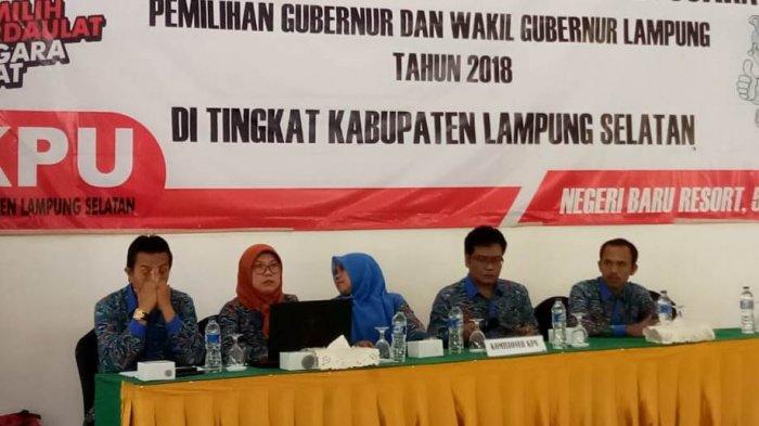 KPU Lamsel Gelar Pleno Pilgub Lampung di Negeri Baru Resort