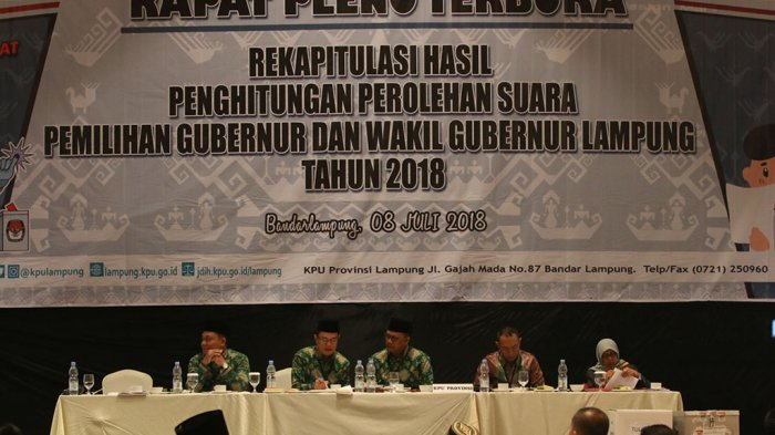 FOTO - Pleno Rekap Suara Pilgub Lampung 2018