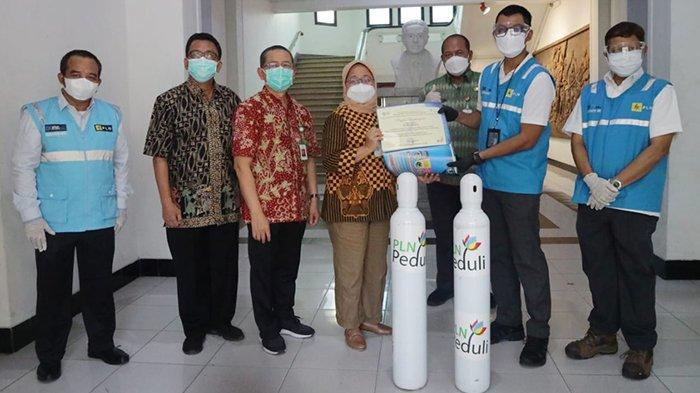 PLN Salurkan Bantuan Oksigen ke Sejumlah Rumah Sakit di Jawa Tengah