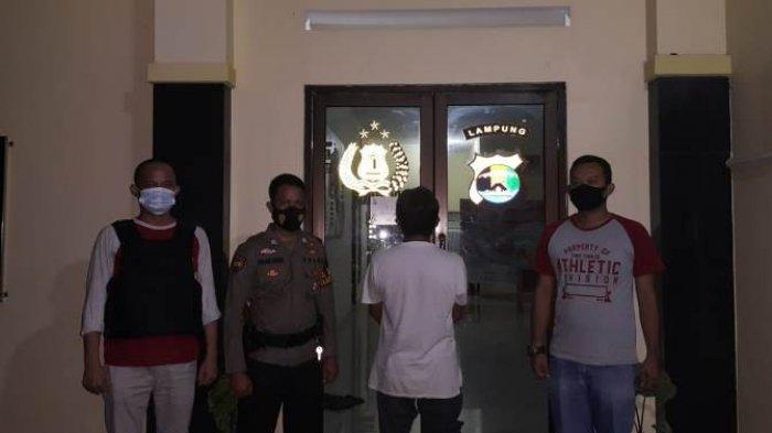 Polisi Amankan Tersangka Pencurian Kayu Sono Keling di Danau Way Jepara Lampung Timur