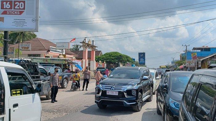 Polres Mesuji Perketat Penjagaan Pasar Simpang Pematang Jelang Idul Fitri