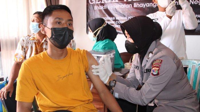 Polres Pringsewu Lampung Gelar Vaksinasi Kedua Pakai 730 Dosis Sinovac dan AstraZeneca