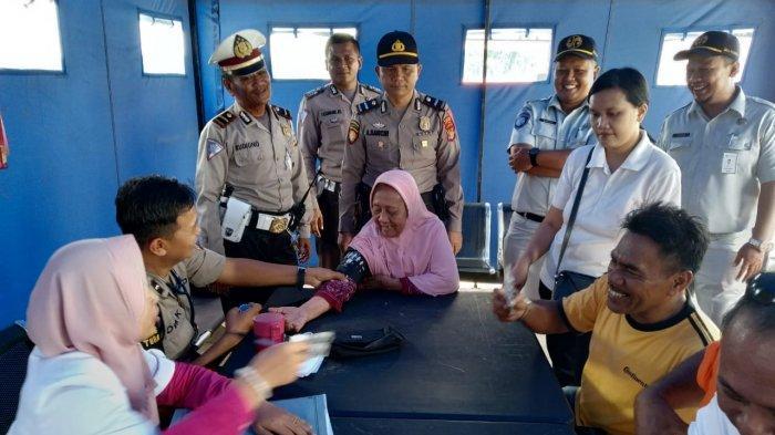 Minimalisir Lakalantas,  Pengguna Tol Trans Sumatera Jalani Cek Kolesterol