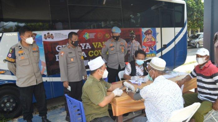 Polres Tulangbawang Lampung Gerilya Lansia, Kapolres: Jemput di Rumah lalu Ajak Vaksin