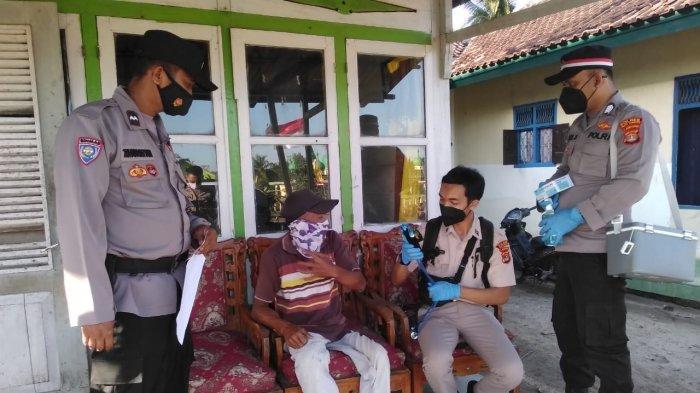 Polres Way Kanan Lampung Datangi Rumah Penyandang Disabilitas, Berikan Kemudahan Vaksinasi