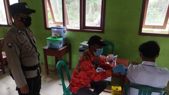 Polsek Negeri Besar Way Kanan Lampung Monitoring Vaksinasi di Sekolah MA Nurul Huda