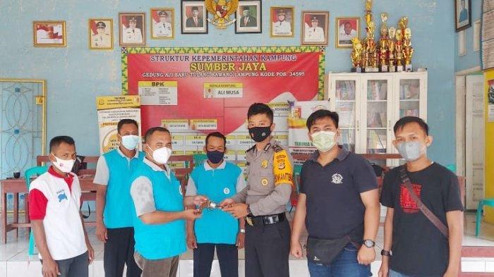 Terima Senpi Ilegal dari Warga, Kapolsek Penawar Tama Lampung Beri Apresiasi