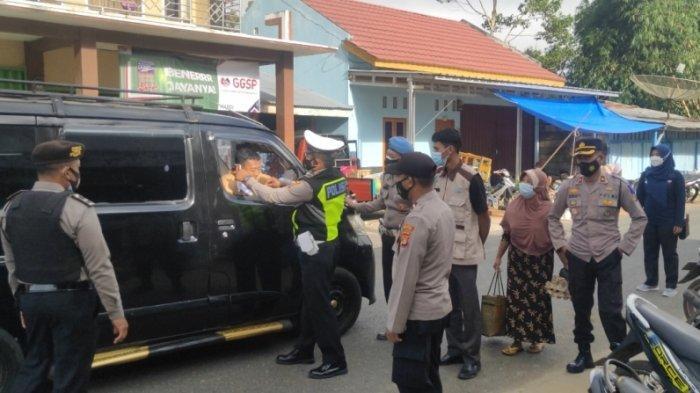 Kapolsek Sekincau Lampung Barat Imbau Pengendara Patuhi Prokes dan Tertib Lalu Lintas