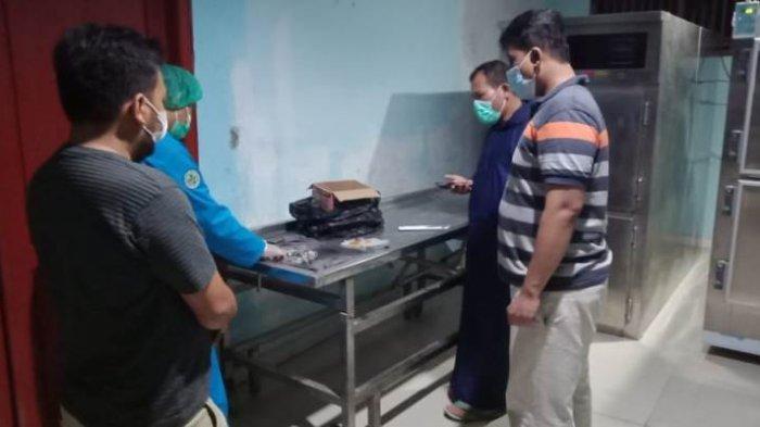Polsek Sukarame Bawa Temuan Janin Bayi ke RSUDAM untuk Diautopsi