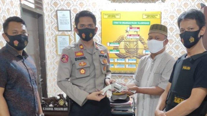 Polsek Talang Padang Terima Penyerahan Pistol Rakitan dari Warga