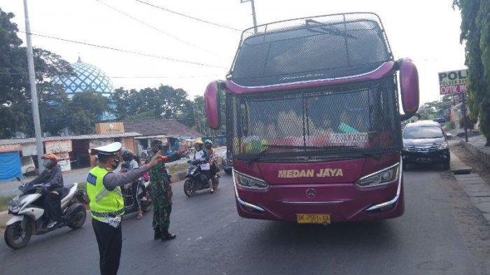 Posko Penyekatan Perbatasan Bandar Lampung Sudah Putar Balik 109 Kendaraan