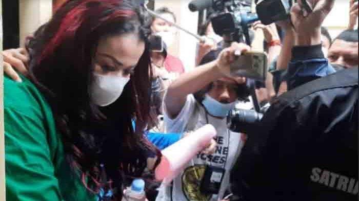 Misteri Mobil Celine Evangelista di TKP Jennifer Jill Ditangkap