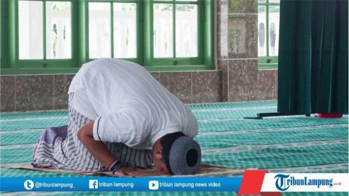 Ilustrasi. Pimpinan Pusat atau PP Muhammadiyah keluarkan surat edaran tentang ibadah salat Idul Fitri 1442 H di masa pandemi Covid-19.