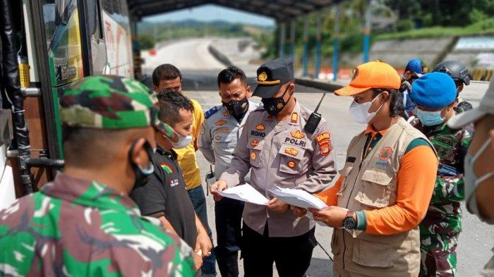 PPKM Darurat, 32 Kendaraan Diputar Balik di Pelabuhan Bakauheni Lampung Selatan
