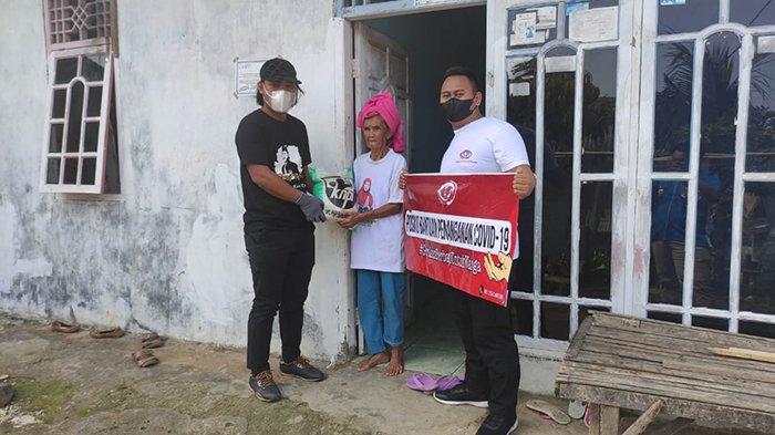 PPKM Darurat, KNPI Bandar Lampung Adakan Giat Berbagi, Iqbal: Mudah-mudahan Meringankan