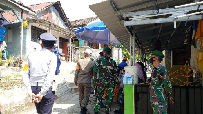 Pelaksanaan PPKM Mikro, Koramil 410-05/TKP Gencar Patroli Prokes di Wilayah Binaannya
