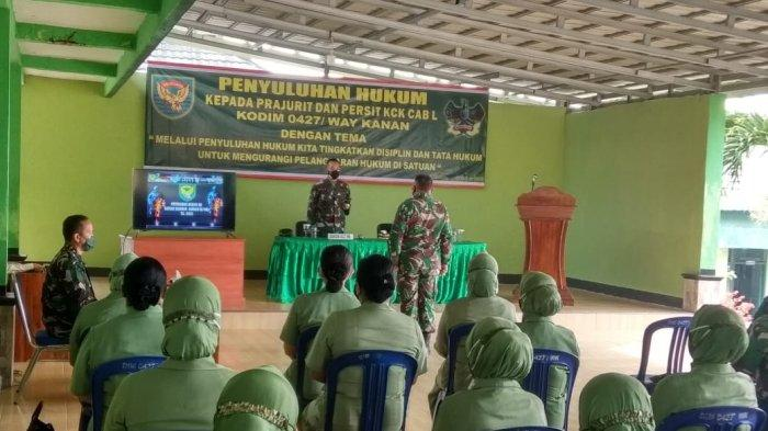 Prajurit Kodim 0427 Way Kanan Lampung Terima Penyuluhan Hukum