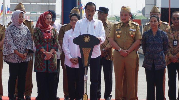 Resmikan Jalan Tol Bakauheni - Terbanggi Besar, Presiden Jokowi Janjikan April Rapel Gaji PNS Keluar
