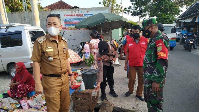 Patroli Prokes Koramil 410-05/TKP, Kapten Bunyamin : Edukasi kepada Warga Terus Kami Lakukan