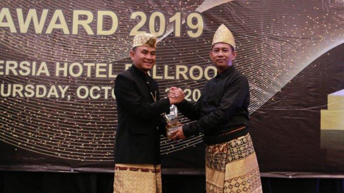 PT KAI Divre IV Tanjung Karang Raih Penghargaan KG Award 2019
