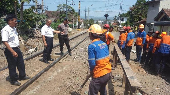 PT. KAI Divre IV Tanjung Karang Terus Berupaya Atasi Kalantas di Peralintasan Sebidang