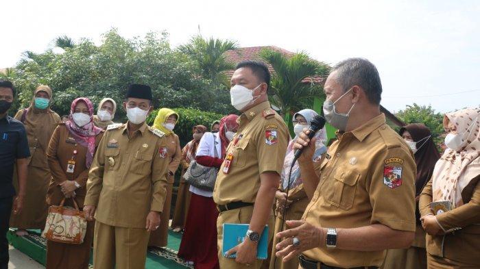 Tinjau PTM, Bupati Lampung Utara: Kalau Ada Kasus Covid-19 Harus Dihentikan