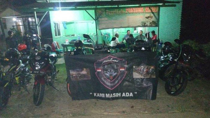 Pulsar Brotherhood Lampung Berbagi Jelang Hari yang Fitri