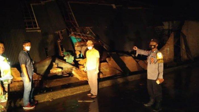 Puluhan Bangunan di Lima Desa Pesawaran Rusak Tersapu Angin Puting Beliung