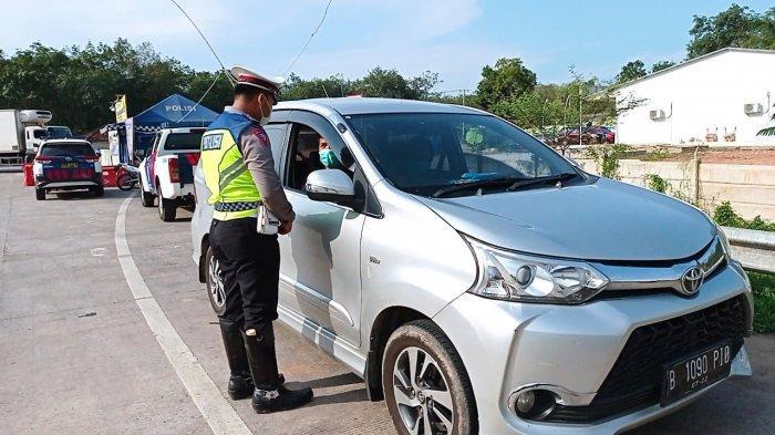Terjaring di Tol Simpang Pematang Mesuji Lampung, Puluhan Mobil Pribadi Disuruh Putar Balik