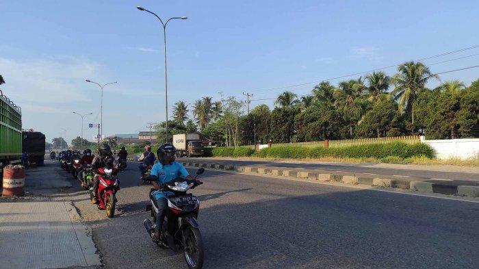 Puluhan Pengendara Lawan Arus Di Campang Raya Lampung
