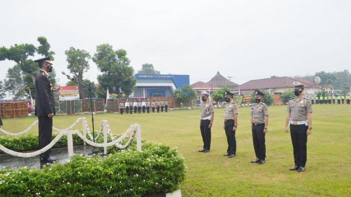 HUT Ke-75 Bhayangkara, Puluhan Personel Polres Tulangbawang Dapat Kado Naik Pangkat