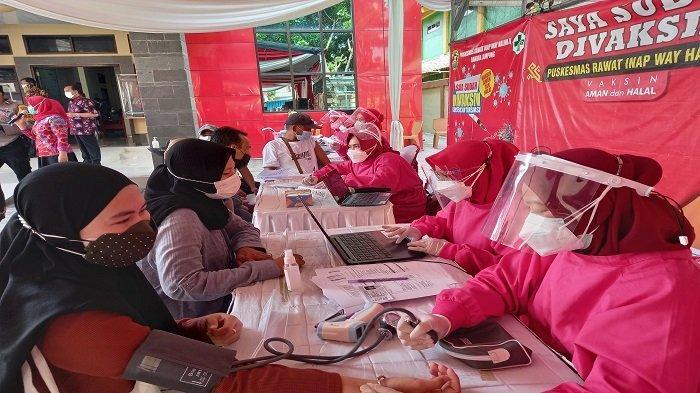Puskesmas Way Halim 2 Bandar Lampung Sukses Gelar Vaksinasi Covid-19 Dosis Pertama