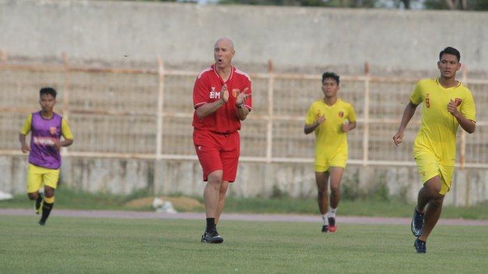 Skuat Badak Lampung Jalani Latihan Perdana Tanpa Pelatih Rafael Berges, 'Ada Kendala Kitas'