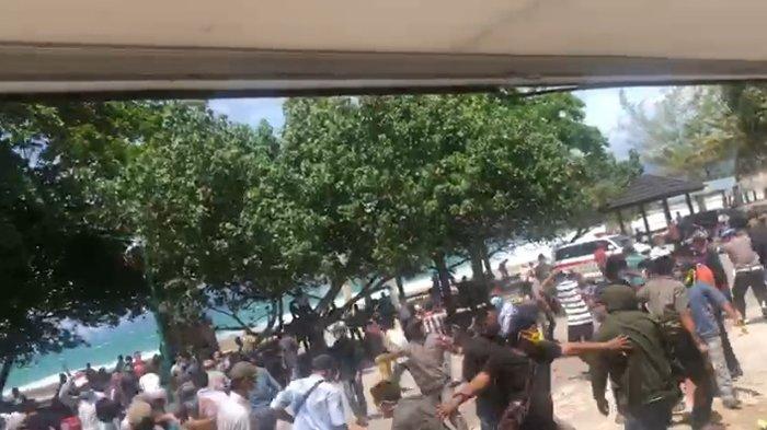 Rapat Pleno Hasil Pilkada Pesisir Barat 2020 Ricuh, Komisioner KPU Diamankan Kepolisian