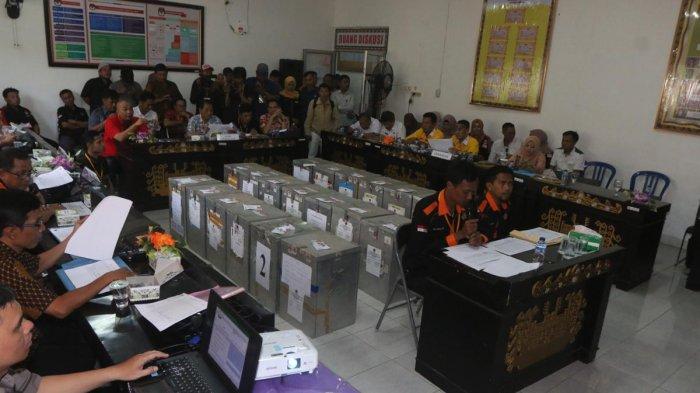 BERITA FOTO: Rapat Pleno KPU Bandar Lampung