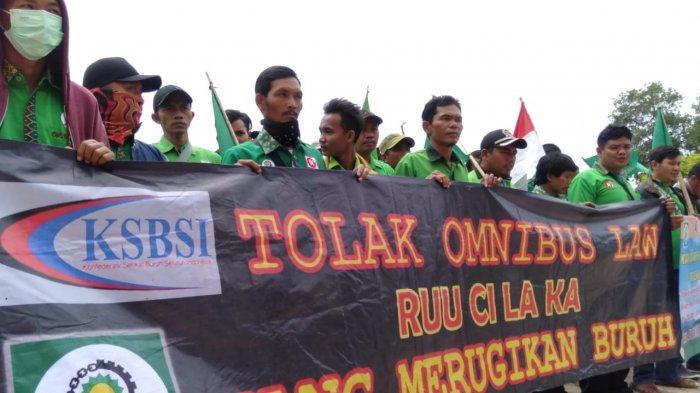 Buruh di Tulangbawang Tolak RUU Omnibus Law