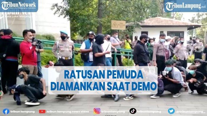 Video Ratusan Pemuda Diamankan saat Demo Tolak PPKM Darurat di Bandung