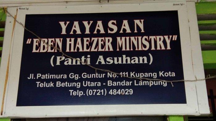 Ray White Lampung Morotai mengadakan bakti sosial dan tali asih ke tiga panti asuhan di Bandar Lampung, Jumat (5/3/2021).