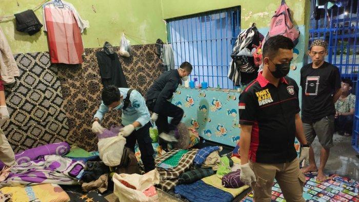 Sweeping Sel Tahanan, Petugas Masih Dapati Warga Rutan Menggala Lampung Bawa Handphone
