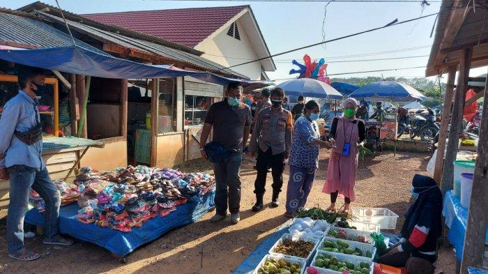 Razia Prokes di Pasar SP 8 Mesuji Lampung, 5 Orang Terciduk Tak Pakai Masker