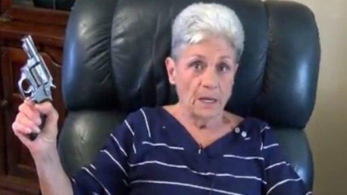 Pencuri Ini Malah Kabur Setelah Melihat Seorang Nenek