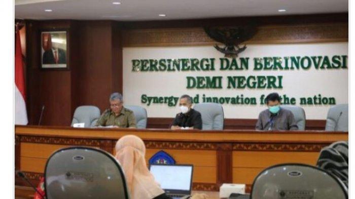 Rektor Unila Karomani Beri Arahan Pemaparan Strategi Pencapaian Perjanjian Kinerja Unit Kerja