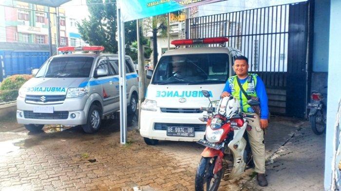 Diskes Siagakan 27 Ambulans di Tiga Poskotis