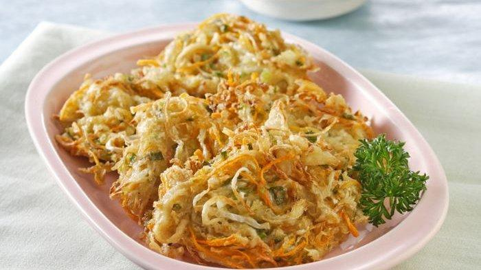 Resep Bakwan Daun Pepaya, Cocok Jadi Pelengkap Menu Makan Siang