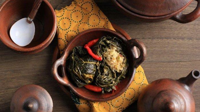 Resep Buntil Daun Pepaya, Masakan Berkuah yang Mudah Dibuat