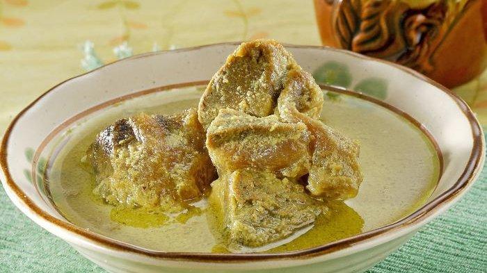 Resep Daging Sengkel Santan Kuning, Bahan dan Cara Buat Daging Sengkel Santan Kuning