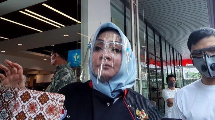 Mama Rieta Tak Rela Raffi Ahmad Jual Rans Entertainment