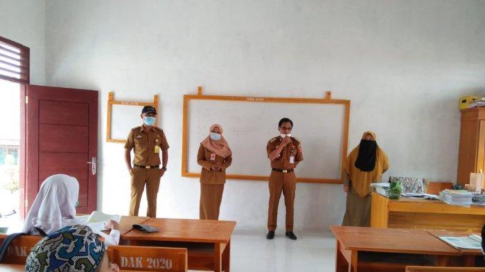 Road to Tribun Lampung Award 2021, Bupati Lampung Barat Parosil Mabsus Bentuk Posko Perbatasan