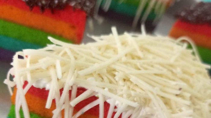 100 Roti Lezat Khas Dapur Manis Ludes dalam Sehari