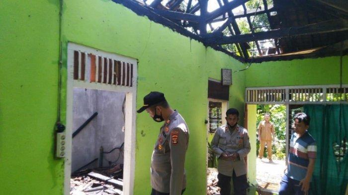 Rumah di Talang Padang Terbakar saat Ditinggal Penghuninya, Kerugian Ditaksir Rp 50 Juta